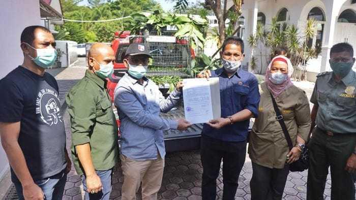 evakuasi satwa dilindungi di rumah dinas wakil gubernur Aceh